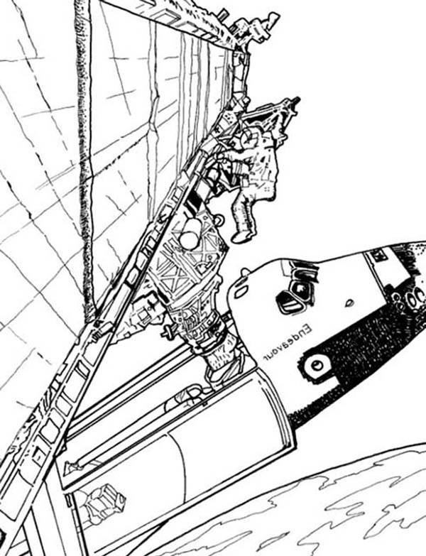 Space Shuttle, : Astronout Fixing Space Shuttle in the Orbit Coloring Page