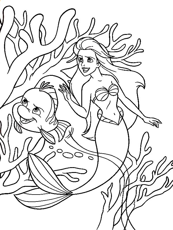 Disney Princesses, : Ariel and Flounder Play Together on Disney Princesses Coloring Page