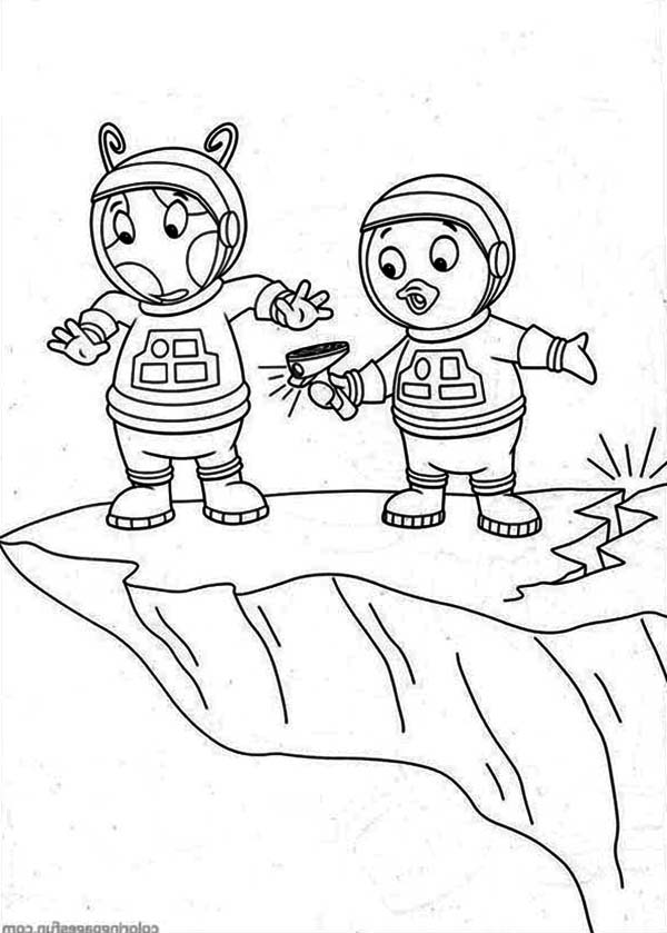 The Backyardigans, : Pablo and Uniqua Standing at the Edge of the Cliff in the Backyardigans Coloring Page