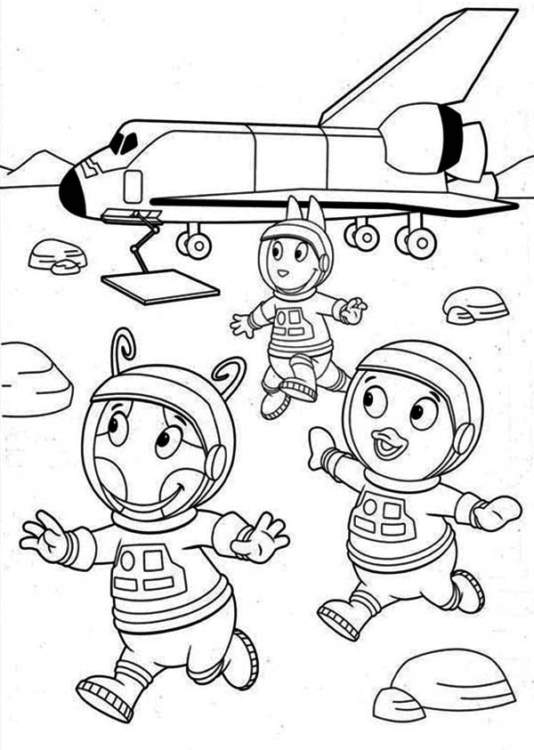 The Backyardigans, : Pablo and Unique and Austin Landing on the Moon in the Backyardigans Coloring Page